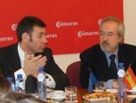Gómez promete la educación gratuita y universal para los niños de 0 a 3 años