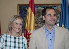 El acuerdo entre Cifuentes y Aguado incluye el cierre del Consejo Consultivo y la despolitización de Telemadrid