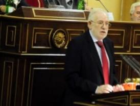 La Comunidad estudia denunciar al ex rector de la UCM