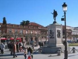 Los autobuses no pasarán por la plaza de Cervantes durante las Fiestas de Alcalá