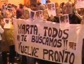 Móstoles apoya a la familia de Marta del Castillo tras conocerse que ha sido asesinada