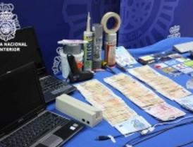 La Policía Nacional desarticula una red que obtuvo 300.000 euros con tarjetas clonadas