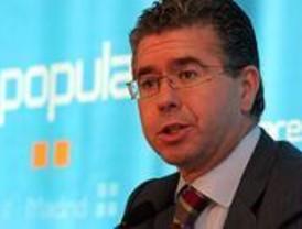 El PP dice que ZP ataca la inteligencia de los jóvenes con sus ayudas y critica el apoyo de los artistas