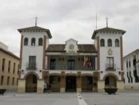 El Ejecutivo de Pinto se queda en minoría tras la dimisión de una edil