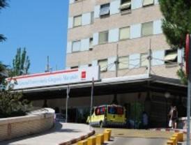 Tres jóvenes heridos, uno de ellos grave, al chocar su coche contra un muro en Arganda
