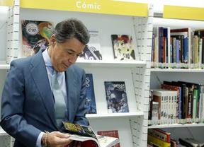 Ignacio González durante la inauguración la Biblioteca Municipal Universitaria ESIC