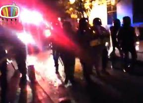 La policía carga para desalojar Las Vistillas