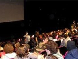 Pozuelo pone en marcha un programa de prevención de drogas a través del cine