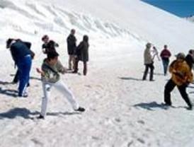 El Ayuntamiento destina 3.500 plazas para el nuevo programa de esquí