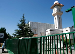 Cifuentes prohíbe una manifestación contra el Islam ante la mezquita de la M-30