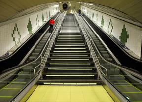 Metro exigirá que el 99% de las escaleras mecánicas siempre funcionen