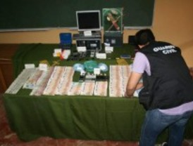Detenidos por vender droga en un bar de Pinto