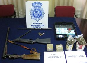 La Policía intercepta un vehículo con un kilo de heroína