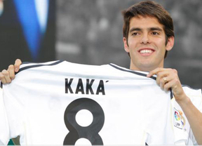 Kaká regresa a Milán