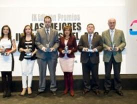 Correo Farmacéutico premia a la Fundación Salud 2000