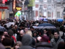 Madrid crece en 18.000 vecinos, un 86% mujeres