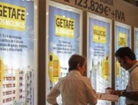 La compraventa de viviendas desciende un 22%