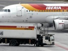Iberia anula 153 vuelos este lunes