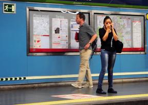 Metro indemnizará con 293.000 euros a un joven que perdió las dos piernas en Ópera