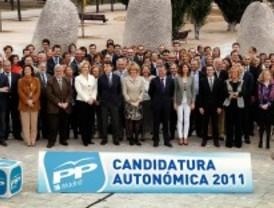 Aguirre presenta una lista electoral de continuidad y sin los 'diputados Gürtel'