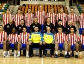 El Club Balonmano Atlético entrena en Tetuán