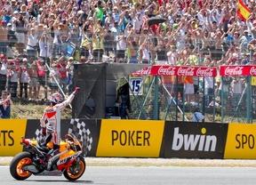 Márquez se pasea en la Capital Mundial del Motociclismo