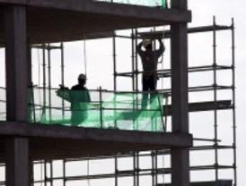 Los accidentes laborales bajan un 10%, pero han muerto dos trabajadores más que en 2010