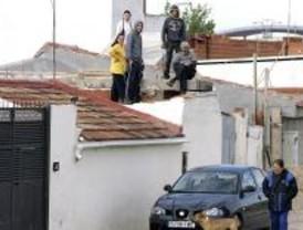 Un juez impide demoler una de las chabolas de la Cañada