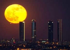 Madrid podrá ver este martes la tercera superluna del verano