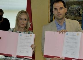 PP y Ciudadanos cierran el acuerdo para convertir a Cifuentes en presidenta