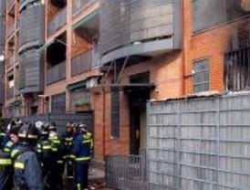 Un herido grave y cuatro leves en un incendio en Moratalaz