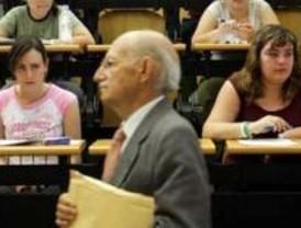 UGT reclama mejores condiciones laborales para los docentes