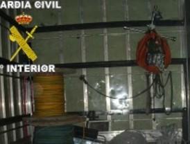 Detenidos por robar cable de cobre