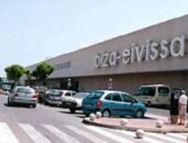 Falso aviso de bomba en el aeropuerto de Ibiza