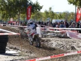 Moto y espectáculo en Las Rozas