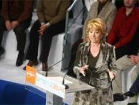 Aguirre propone a Interior sufragar la incorporación de 3.000 policías en Madrid
