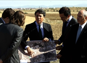 González desliga de Eurovegas el aeródromo de El Álamo