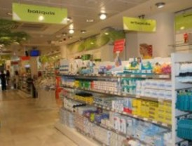 Los inmigrantes toman menos medicinas que los españoles