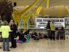 Más de 15.000 firmas contra la privatización de AENA