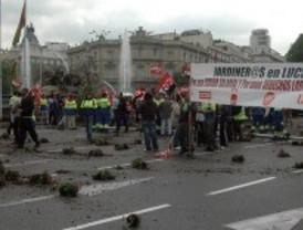 Los jardineros colapsan el centro de Madrid