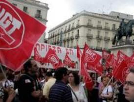 Trabajadores de limpieza piden subidas salariales en Sol