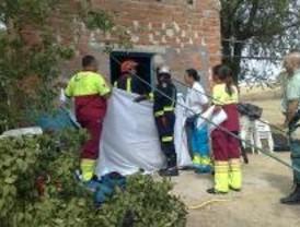 Muere una mujer al caer a un pozo en Villamanta