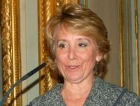 Aguirre, sorprendida con que el presidente del PP sea candidato al Gobierno