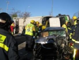 Herido grave tras colisionar frontalmente con un camión de medio tonelaje