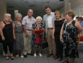 Leganés homenajea a una vecina centenaria