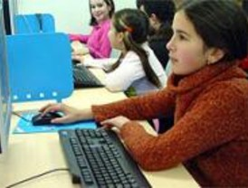 Un colegio por distrito tendrá un aula multimedia para después de clase