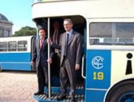 La EMT, 60 años transportando madrileños