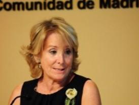 Aguirre se suma a la propuesta de Rajoy para eliminar los 'privilegios' de la clase política