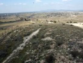 La Comisión de Peticiones investigará el futuro campo de golf de Valdeloshielos