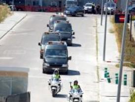 Los familiares de las víctimas de Barajas se reunirán con un perito de la Policía Científica